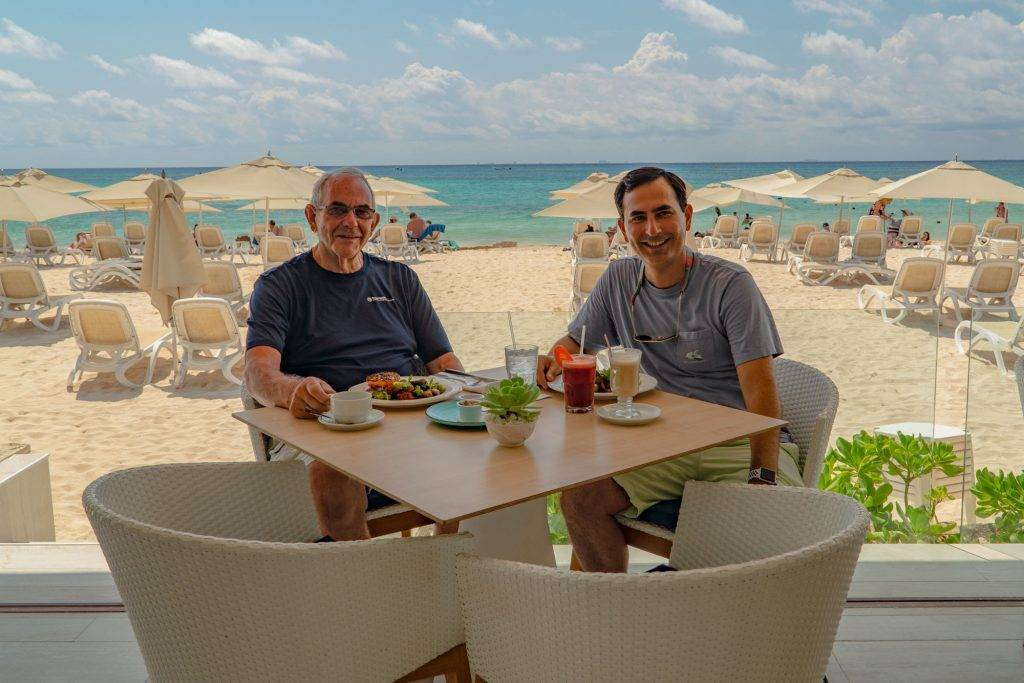 Allan and I are enjoying Sunday breakfast at Mamitas Beach Club. This was one of the best we've had in Playa del Carmen. Although it rivaled US prices, it was still relatively inexpensive at $10 USD per person.