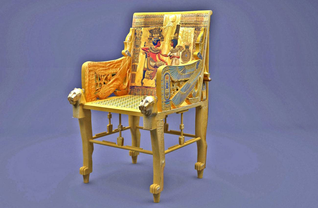 British archeologist Howard Carter discovered King Tut's golden throne in 1922.